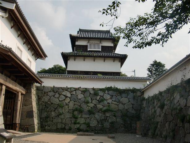 http://www.midorimachi.jp/blog/%E6%BD%AE%E8%A6%8B%E6%AB%93.jpg