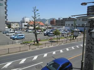 9 香椎参道駐車場 遠景.JPG